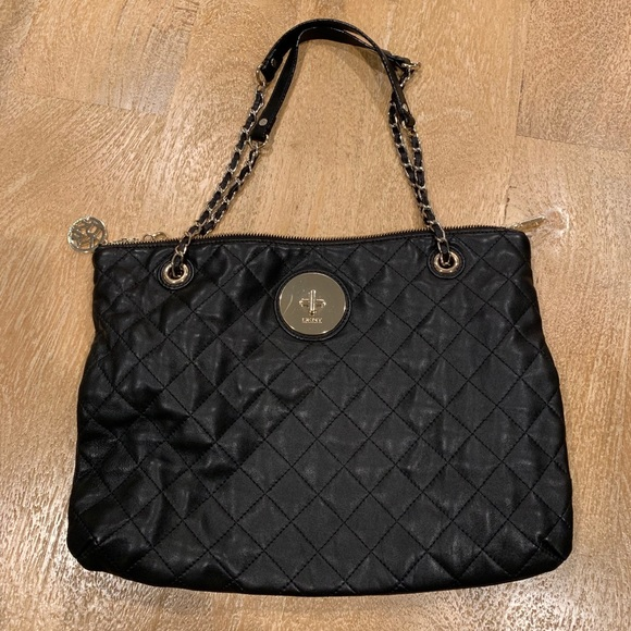 Dkny Handbags - DKNY quilted leather purse
